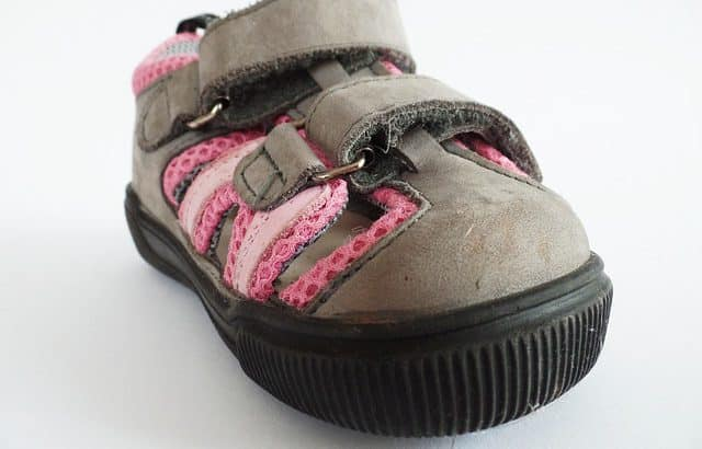 Best Velcro shoes for seniors and the elderly 2020 [Review]