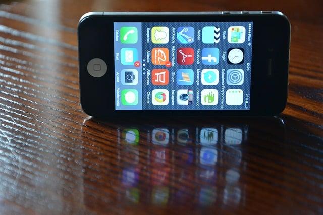 smartphones work as pedometers